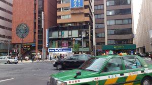 青山通りにマツキヨ開店